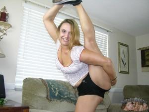 Nude Amateur Latina Babe